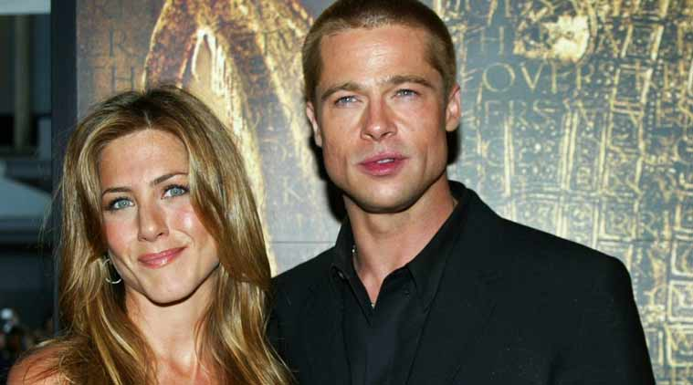 Aniston poses with Brad Pitt during their marriage. (Photo: Wikimedia)