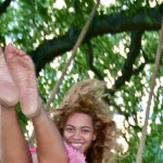 "Beyonce's feet have been called ""hammers."" (Photo: Flickr)"