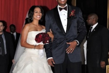 Carmelo Is Trying Like Crazy To Save His Marriage With La La
