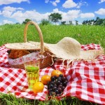 Have An Afternoon Picnic (Photo: Flickr)