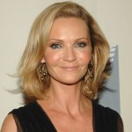 """Joan Allen has kept acting in Hollywood since her appearance in """"The Notebook"""". She has played in movies like """"The Upside of Anger"""" and """"Bourne"""". Joan was married to Peter Friendman for 12 years before their divorce in 2012. They have a daughter together, Sadie. One of Allen's latest roles was as Nany Newsome in the award-winning movie """"Room"""". (Photo: Archive)"""