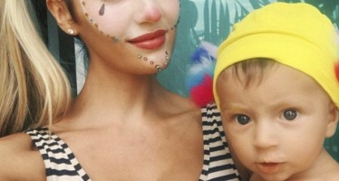 35 Adorable Moments from Celebrity Moms on Social Media