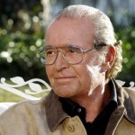 """James Garner, who gave life to 'Duke'—Noah in his elderly years—has a love story just as romantic as """"The Notebook"""" itself. The actor met his wife Lois Clarke at a political event back in 1956, and they got married only two weeks after. The couple was married for 58 years, until Garner's death in 2014. (Photo: Archive)"""