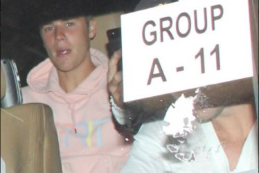 First Photos of Justin Bieber Arriving in Mumbai for his World Tour