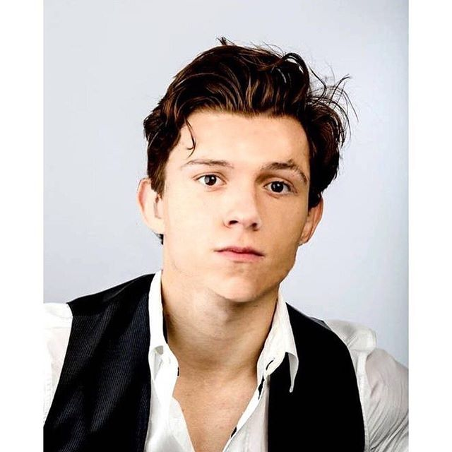 Tom Holland Buys His First Apartment In London Jetss