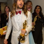 Then Nyong'o does the same to Jared Leto at the Oscars. (Photo: Archive)