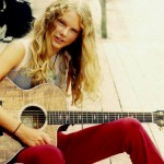 Taylor Swift started playing the guitar at age 12. (Photo: Archive)