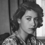 Queen Elizabeth II wanted to be an actress. She took drama lessons and performed in some plays in the 1940's. (Photo: Archive)