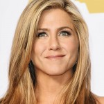 "Jennifer Aniston confessed she is a computer illiterate. ""When I see people on their BlackBerrys, working them like some girls work a hairdryer, I'm just stunned."" (Photo: Archive)"