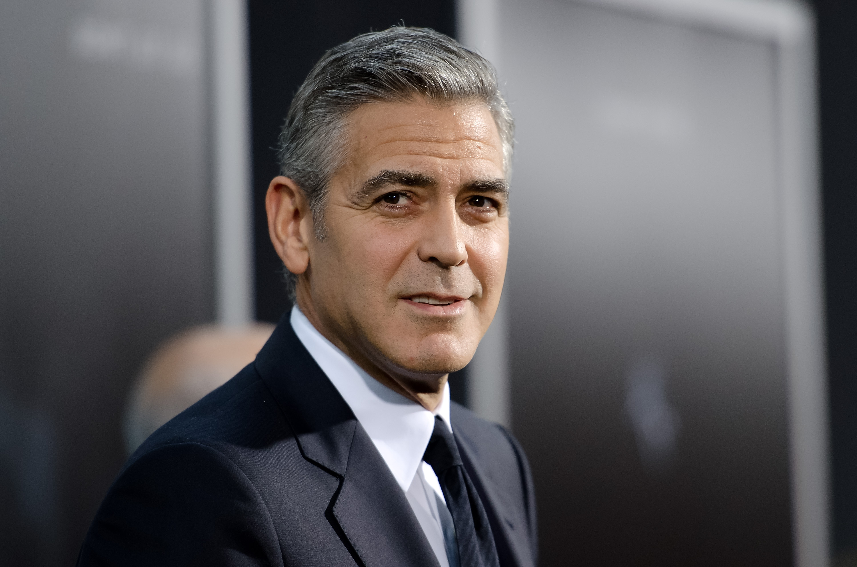 """George Clooney is 100% against social media. He's made it clear: """"I'd rather have a rectal examination on live TV by a fellow with cold hands than have a Facebook page."""" Loud and clear! (Photo: Archive)"""