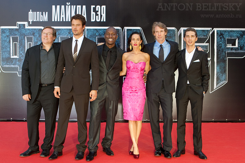 Click through our gallery to see how the original Transformers cast looks 10 years after the premiere. (Photo: Archive)