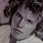 For whatever reason, Chris Pratt thought the mop hair look was a good idea for his early headshots. (Photo: Archive)