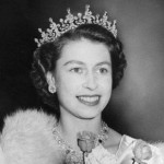 Monarchs choose their name. Their titles rarely have something to do with their original name. They usually use any name of their liking and then add a number: Elizabeth II, David II, George VI… (Photo: Archive)