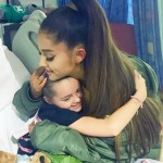 Ariana Grande also visited fans in the hospital prior to the concert. (Photo: Archive)