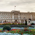 The Buckingham Palace has 775 rooms in total: 52 rooms of the Royal family and their guests, 188 rooms for staff, 92 offices, 78 bathrooms, and 19 rooms for other purposes. (Photo: Archive)
