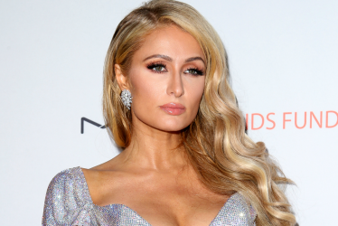 "Paris Hilton Back To Music With New Single ""Summer Reign"""