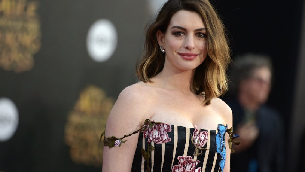 Anne Hathaway is in talks to replace Ammy Schumer in the upcoming Barbie live-action movie. (Photo: Archive)