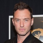 We will see young Albus Dombuldore (Jude Law, in the picture) team up with his former student Newt Scamander (Eddie Redmayne) to battle Gellert Grindelwald (Johnny Depp). (Photo: Archive)