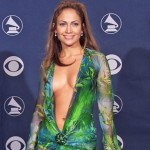 JLo's green Versace dress. (Photo: Archive)