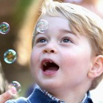Blowing bubbles while in his royal visit to Canada. (Photo: Release)