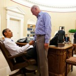 President Barack Obama and Vice President Joe Biden shake hands in the Oval Office. (Photo: Archive)