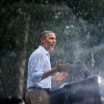 Obama speaking in the rain at a campaign rally in Glen Allen, Virginia. (Photo: Archive)