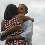 The Obamas hugging after a campaign event in Iowa. (Photo: Archive)