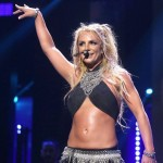 Britney returned to the stage to play one last song. (Photo: Archive)