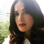 These are 25 life lessons we learned from Salma Hayek's Instagram. (Photo: Instagram)
