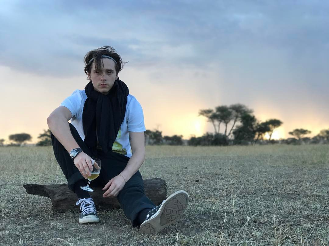 "Who has Brooklyn Beckham been romantically linked to? Whether they were rumors, flings, or real relationships, here are all the ladies who have ""dated"" the oldest Beckham son. (Photo: Instagram)"