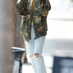 Vanessa Hudgens having fun with her boyfriend Austin Butler in Los Angeles. (Photo: WENN)