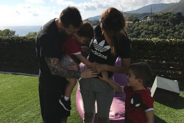 Leo Messi And Antonella Roccuzzo Have Confirmed Their Third Pregnancy!