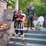 Mark Zuckerberg, Priscilla Chan, and their daughter Max dressed up as character from the movie How To Train Your Dragon. (Photo: Facebook)