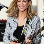 Sheryl Crow underwent seven weeks of radiation to eradicate suspected calcifications in both breasts in 2006. (Photo: WENN)