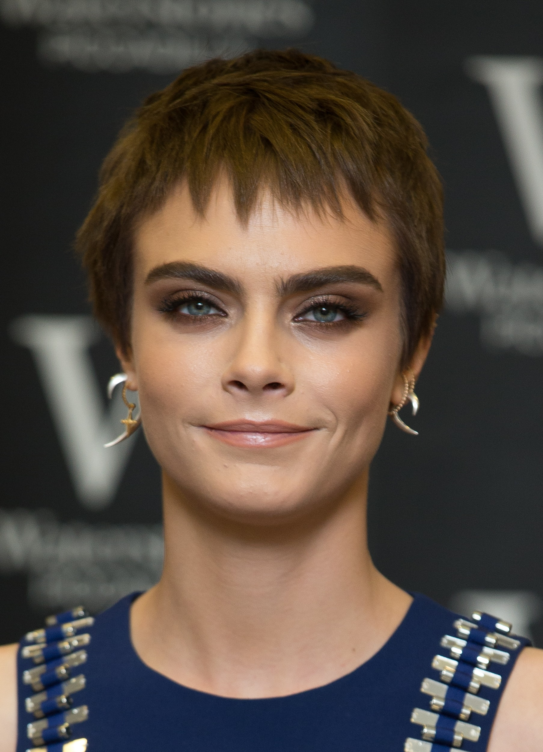 Cara Delevingne's eyebrows singlehandedly relaunched the thick brow trend! (Photo: WENN)
