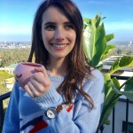 Emma Roberts is a classic beauty with her natural brown hues. (Photo: Instagram)