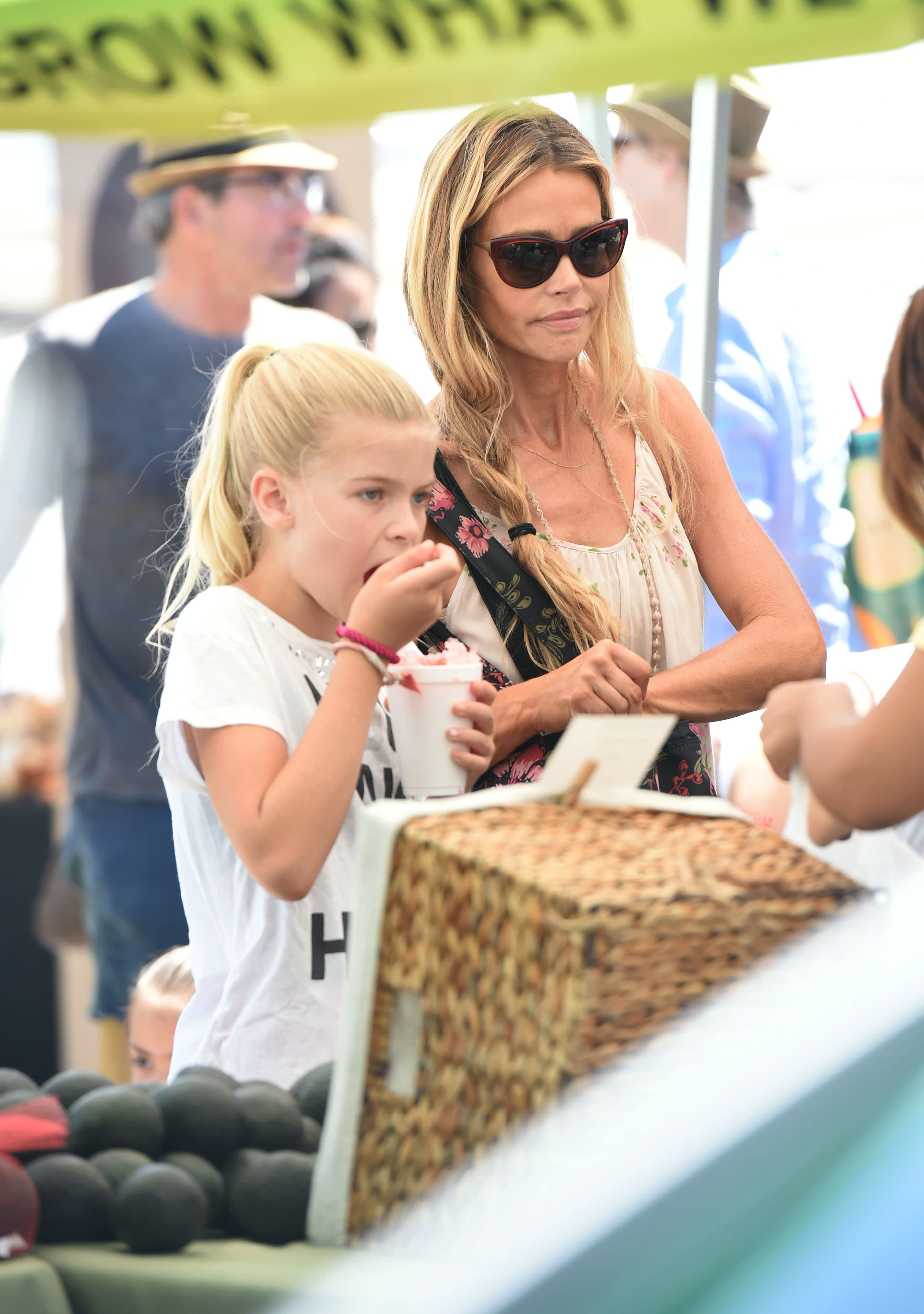 In 2011, after her divorce from Charlie Sheen, the mother of two, Denise Richards, adopted her daughter Eloise as a single mother. (Photo: WENN)