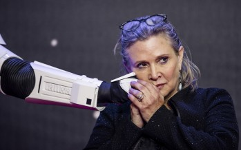 Twitter Comes Together In Full Force To Remember The Late Carrie Fisher