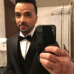 Luis Fonsi looked caliente in a DSquared tux before hitting the red carpet. (Photo: Instagram)
