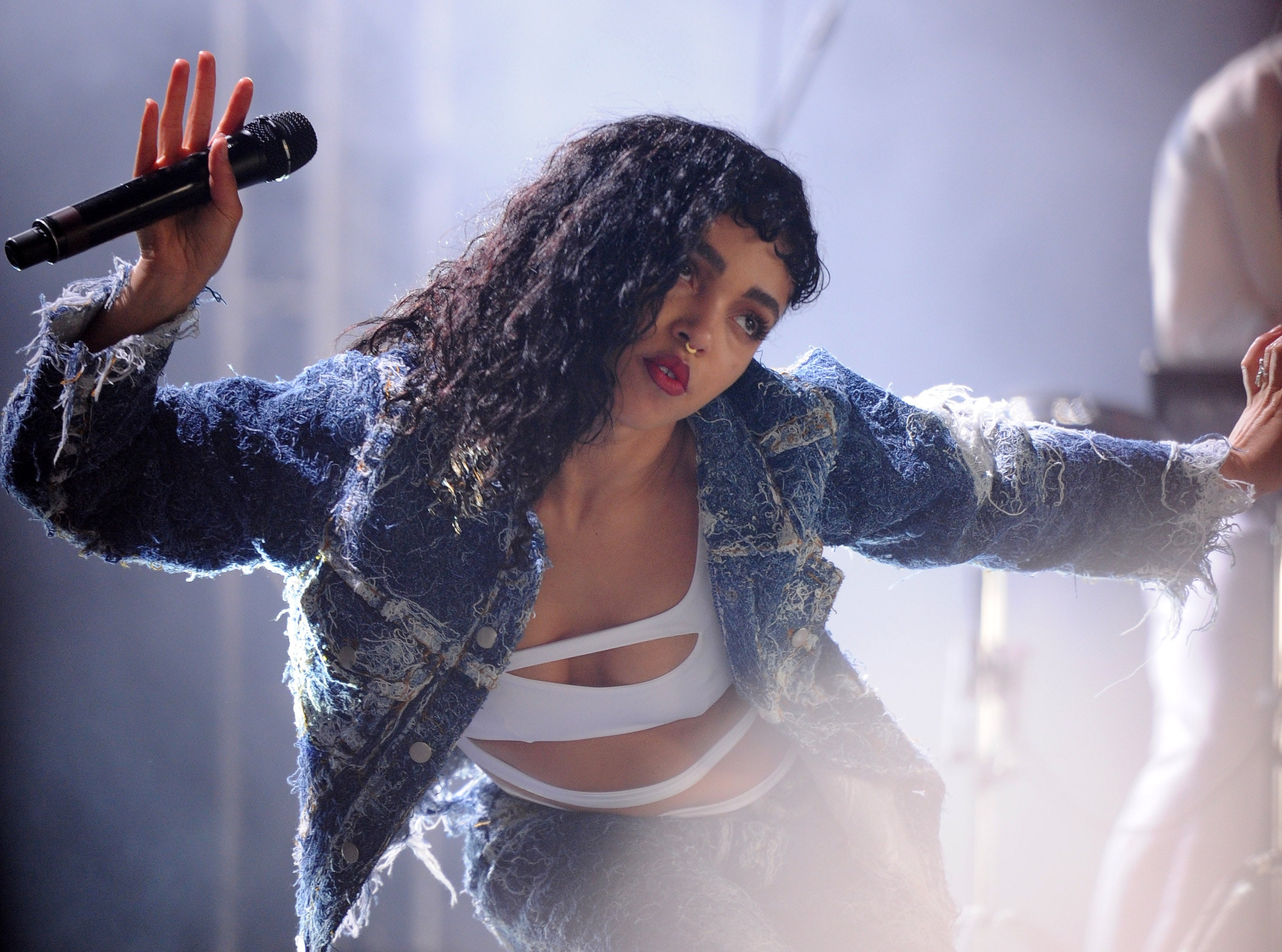 These are only some of the many, many reasons why you should be gushing over FKA Twigs! (Photo: WENN)