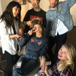 Jessica Biel share a behind-the-scenes look at her red carpet hair and makeup prepping ritual for the 2018 Choice Awards. (Photo: Instagram)
