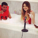 Scott Disick jumped into a bubble bath with then sister-in-law Khloé Kardashian for a funny pic the reality star shared on Instagram. (Photo: Instagram)