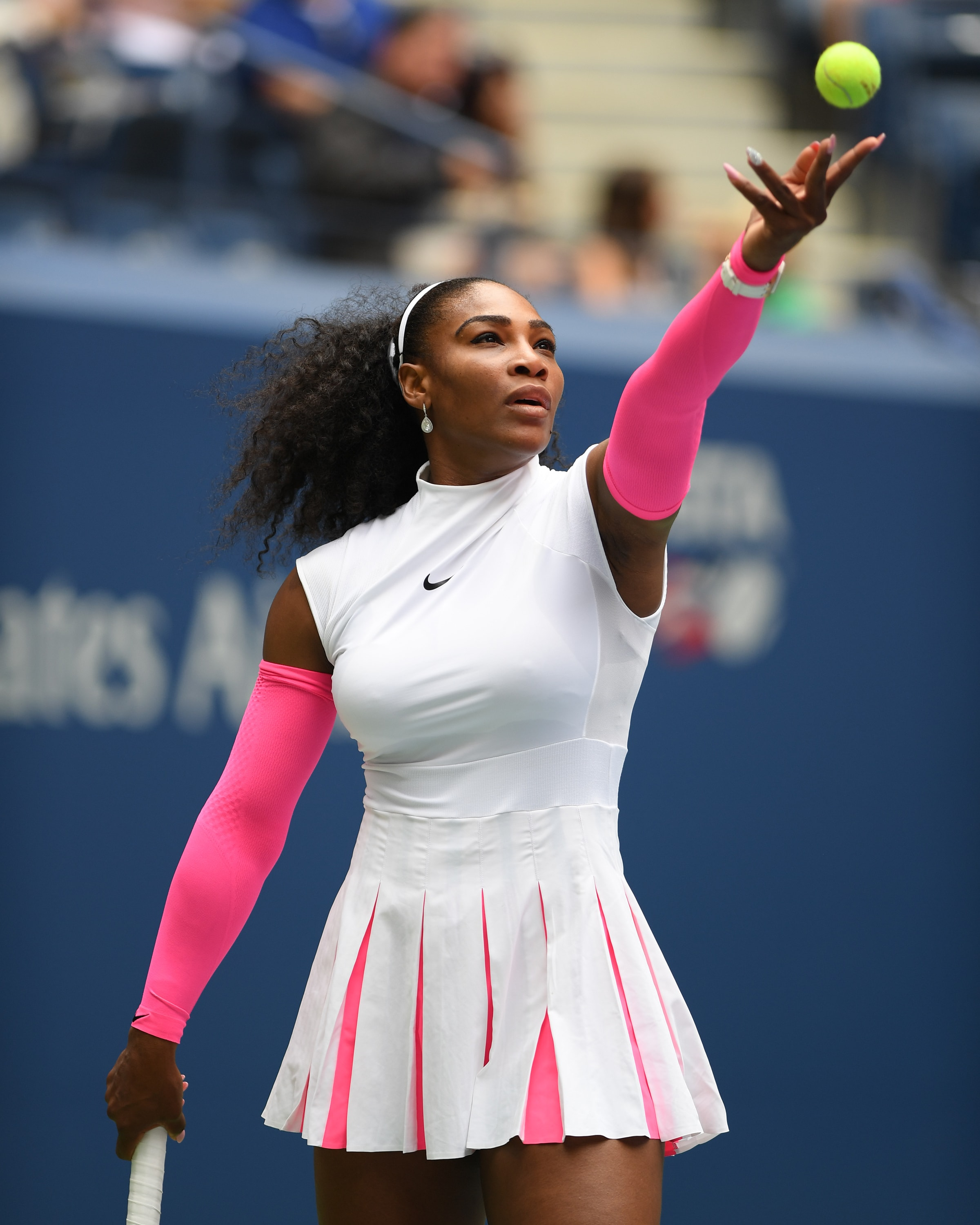 Pictures of serena williams breasts — photo 9