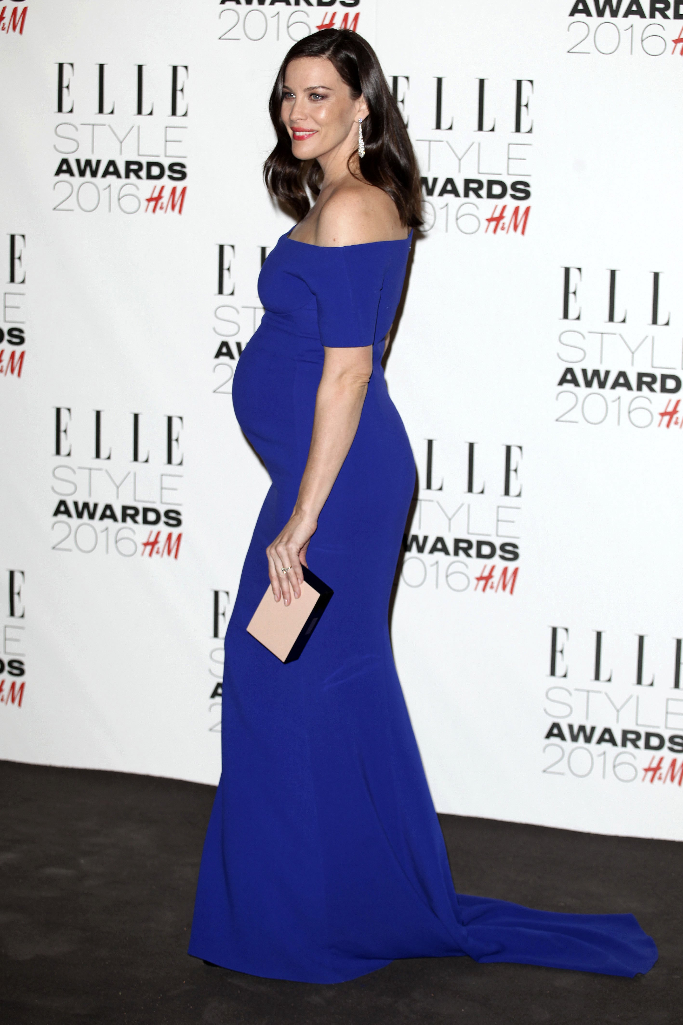 6adcc7a2155 Liv Tyler looked positively blooming when she attended the ELLE Style  Awards 2016 in a form