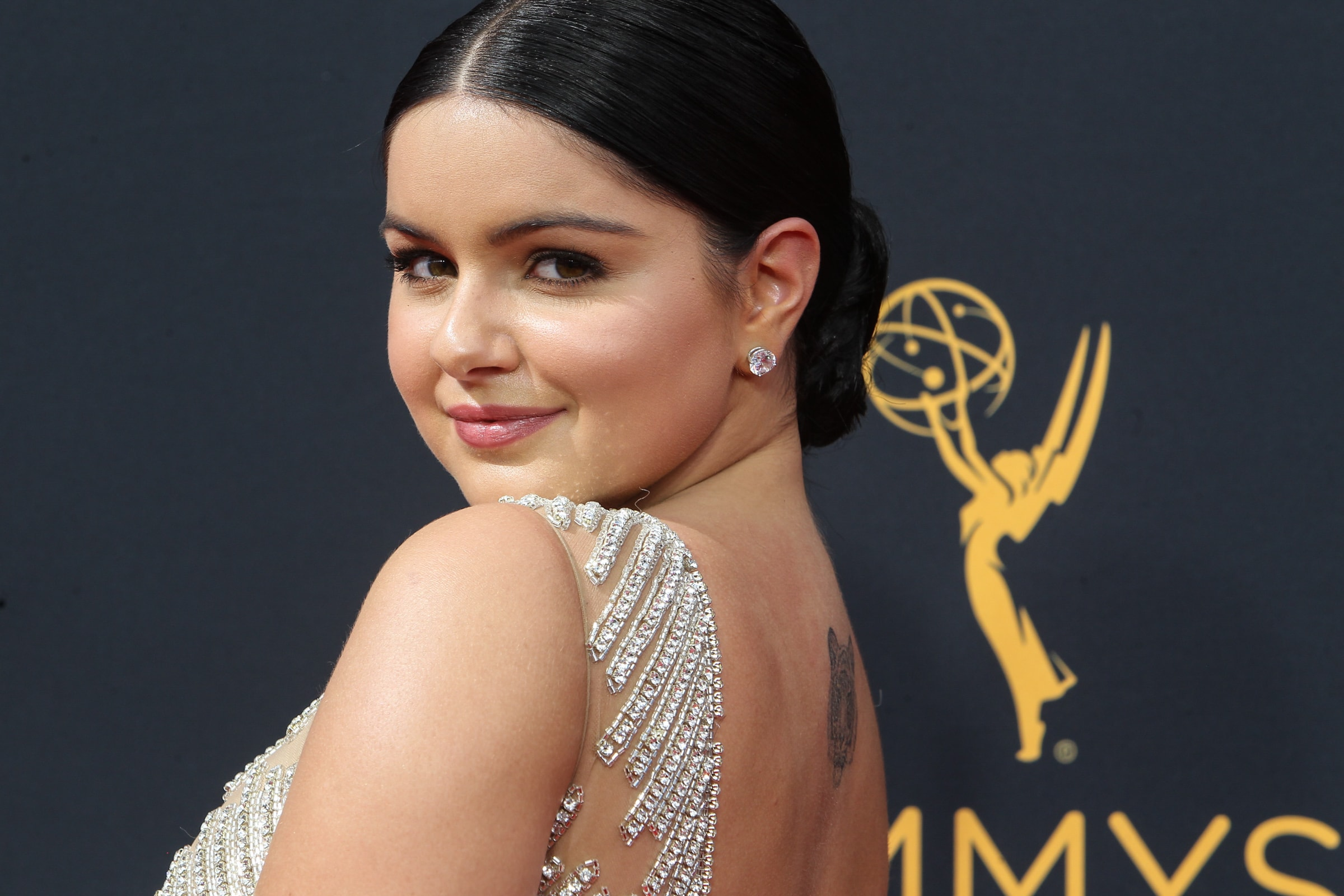 Ariel Winter certainly knows how to mix her wear-anything attitude with a little old Hollywood fashion. Here's a round up of some of her most polarizing red carpet looks. (Photo: WENN)