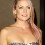 Kate Hudson added a subtle touch of pink to her iconic blond locks for the 28th American Cinematheque Awards. (Photo: WENN)
