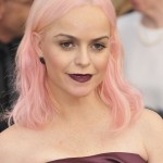 Orange Is The New Black star Taryn Manning went for a light pink look at the 2017 SAG Awards. (Photo: WENN)