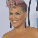 Pink sporting her classic short hairdo with light pink hues at the 2017 AMA Awards red carpet. (Photo: WENN)