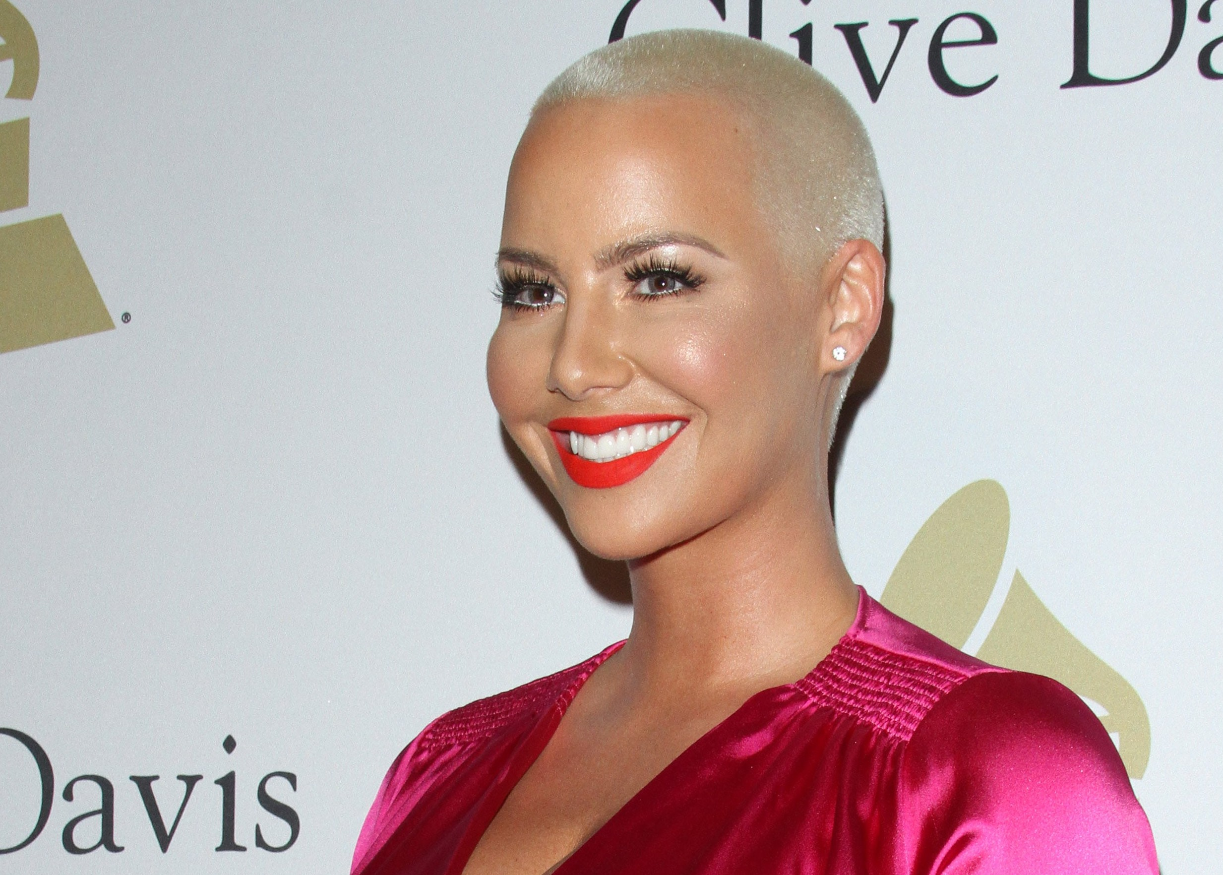 Amber Rose's received a special gift from one of his greatest idols. (Photo: WENN)