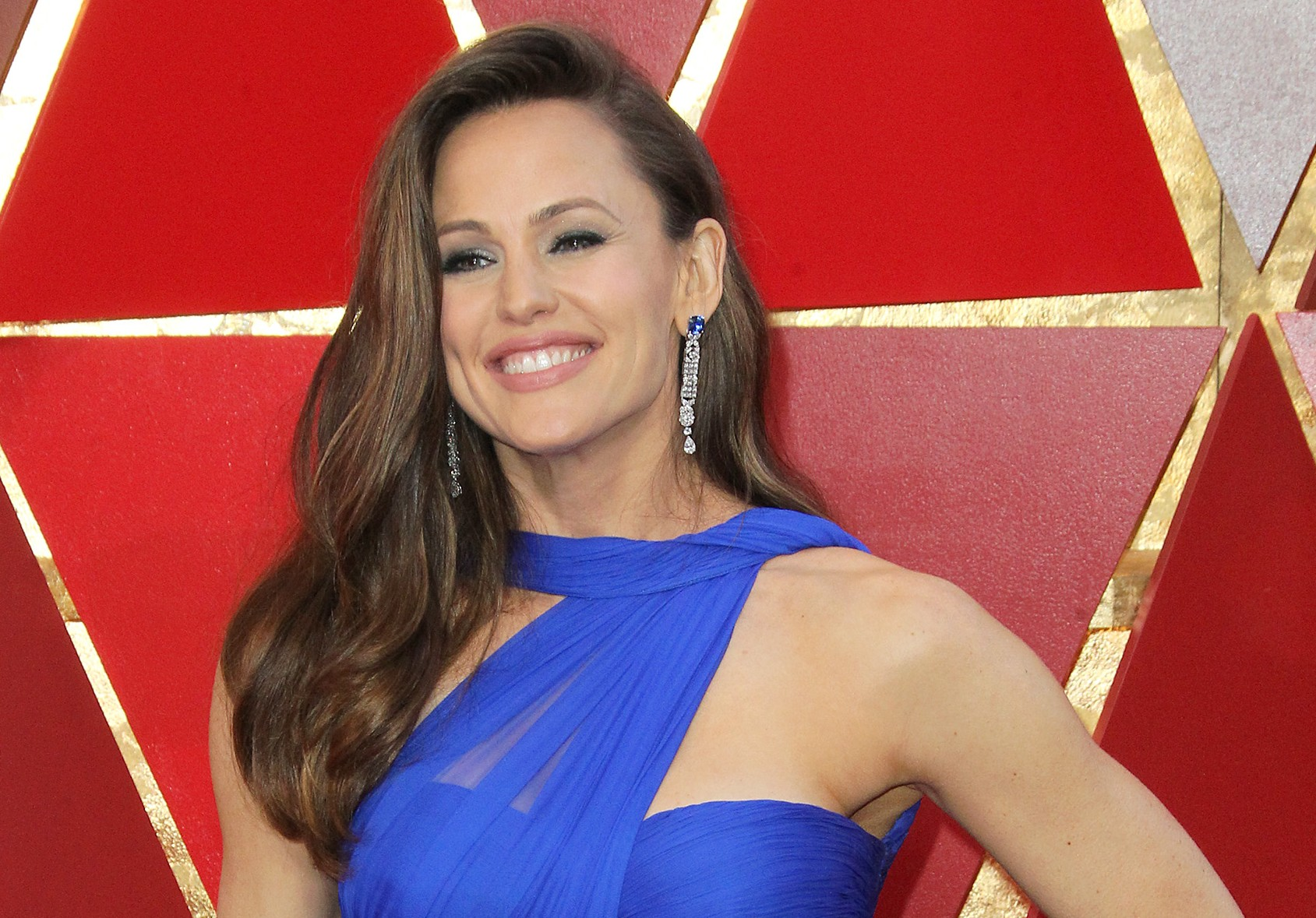 From the Ben Affleck crisis to Frances McDormand's speech to leaving the stove on, these are some of Twitter's best guesses on what was on Jennifer Garner's mind! (Photo: WENN)